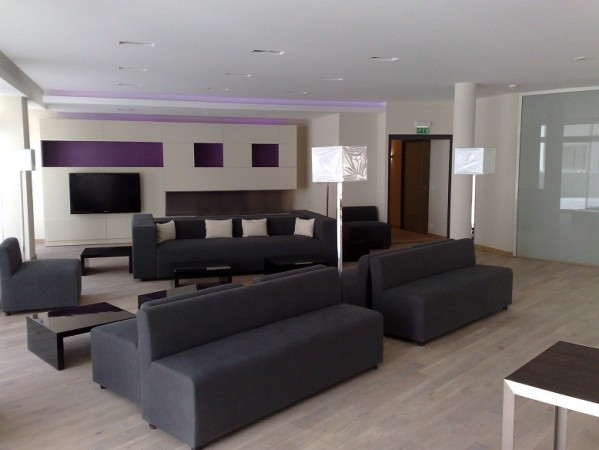 Rénovation complète et aménagement d'un hall d'entrée en résidence hotelière